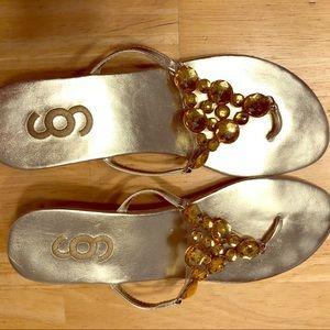 Shoes - Size 8 fashion sandal EUC